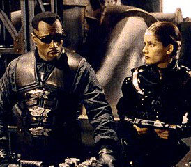 blade-2-wesley-snipes-sunglasses