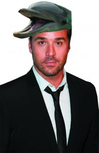 Actor Jeremy Piven certainly understands the importance of keeping the population and dolphins mercury-free.